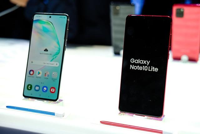 Những smartphone cao cấp phiên bản Lite đáng mua nhất hiện nay - Ảnh 1.