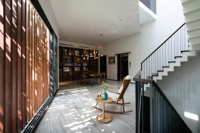 Ngôi nhà hình ruộng bậc thang phủ đầy cây xanh - Ảnh 10.