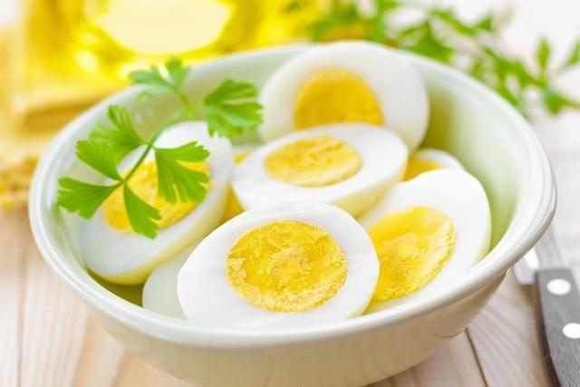 Đã ăn trứng thì nhất định tránh xa 6 thực phẩm này nếu không muốn mắc bệnh - Ảnh 2.