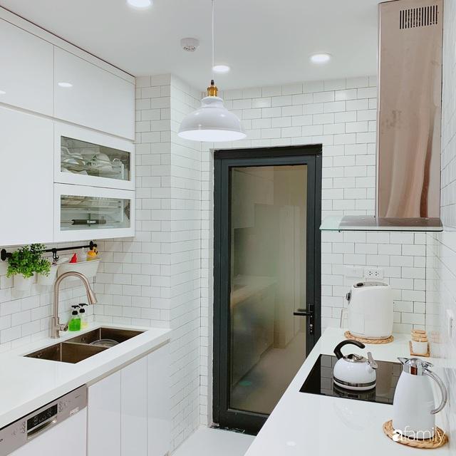 Căn hộ 90m² như được nhân đôi không gian nhờ cách decor khéo léo với sắc trắng ở Hà Nội - Ảnh 12.