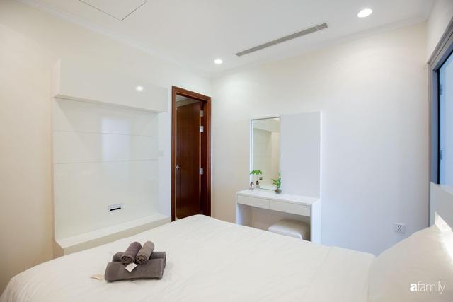 Căn hộ 64m² đầy lôi cuốn nhờ cách lựa chọn đồ đạc thông minh và view ngắm hoàng hôn ở Hà Nội - Ảnh 16.