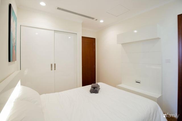 Căn hộ 64m² đầy lôi cuốn nhờ cách lựa chọn đồ đạc thông minh và view ngắm hoàng hôn ở Hà Nội - Ảnh 19.