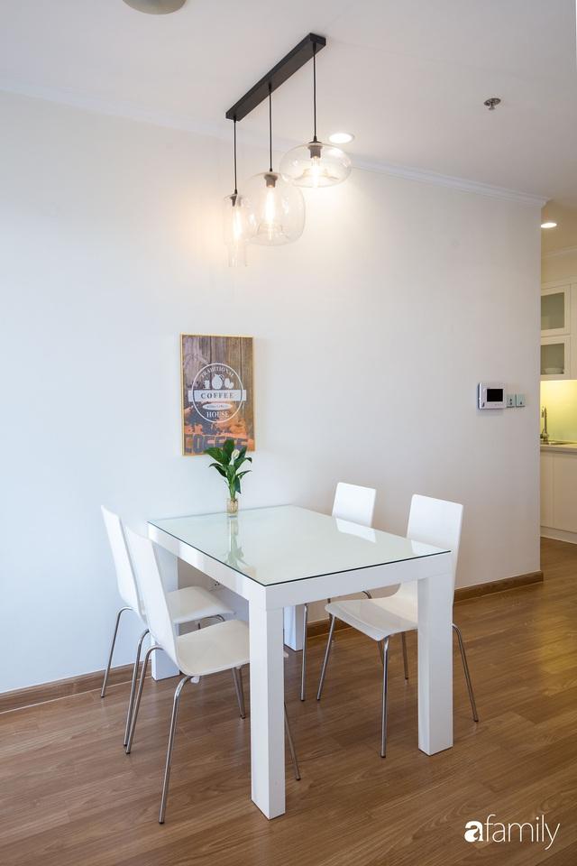Căn hộ 64m² đầy lôi cuốn nhờ cách lựa chọn đồ đạc thông minh và view ngắm hoàng hôn ở Hà Nội - Ảnh 11.