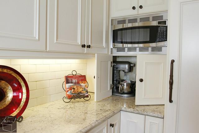 Bạn sẽ tiếc nếu bỏ qua 10 cách lưu trữ cực thông minh này để nhà bếp luôn gọn đẹp - Ảnh 6.