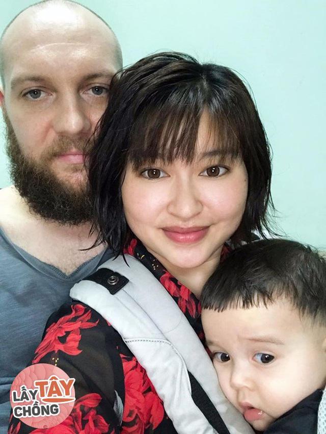 9X Việt cưới chồng Úc, bố mẹ đẻ ăn mừng, bố mẹ chồng lại khóc hết nước mắt - Ảnh 1.