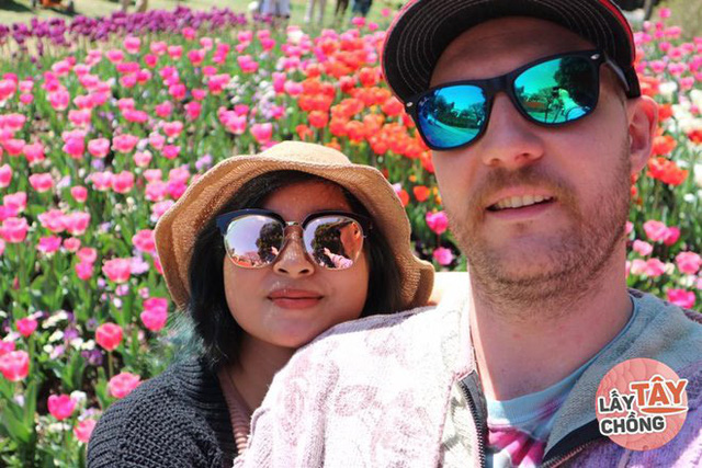 9X Việt cưới chồng Úc, bố mẹ đẻ ăn mừng, bố mẹ chồng lại khóc hết nước mắt - Ảnh 8.