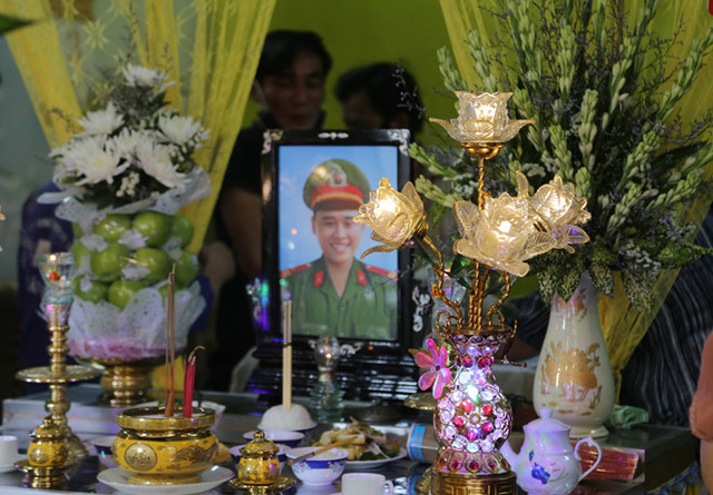 Hai chiến sĩ công an hy sinh: Bát mì tôm ăn dở của trung sĩ tuổi 23  - Ảnh 2.