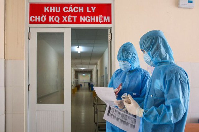 Chị dâu, hàng xóm của nam bệnh nhân 243 ở Mê Linh cùng mắc COVID-19, Việt Nam đã có 255 ca nhiễm - Ảnh 2.