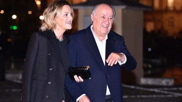 Vợ và bạn gái của 10 tỷ phú giàu nhất thế giới - Ảnh 6.