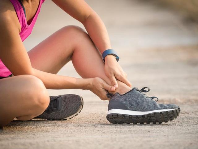 Dừng tập thể dục ngay khi thấy 9 dấu hiệu này, kẻo lợi không bằng hại - Ảnh 1.