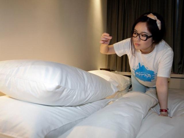 Vì sao khi nhận phòng khách sạn bạn nhất định cần phải xem đồng hồ? - Ảnh 4.