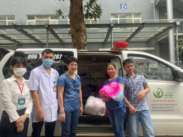 Thai phụ mang thai 28 tuần bị khối u lớn chèn ép đã được xuất viện cùng con gái khỏe mạnh - Ảnh 4.