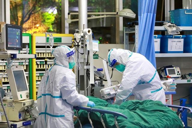 Phó tiểu ban Điều trị: Bệnh nhân COVID-19 ở Đà Nẵng rất nhanh rơi vào tình trạng nguy kịch - Ảnh 2.