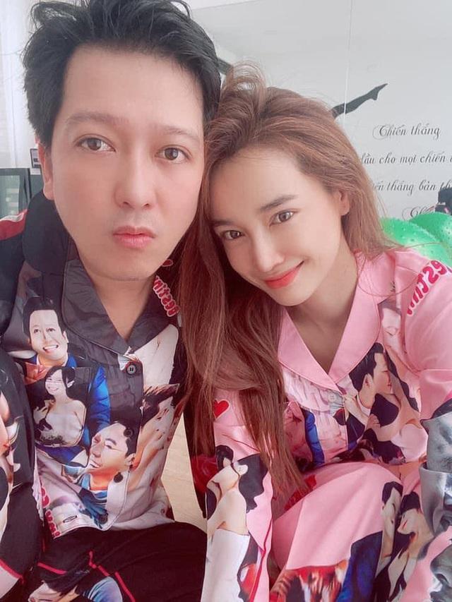 Nhã Phương đón tuổi 30 bên Trường Giang và nhóm bạn thân showbiz - Ảnh 8.