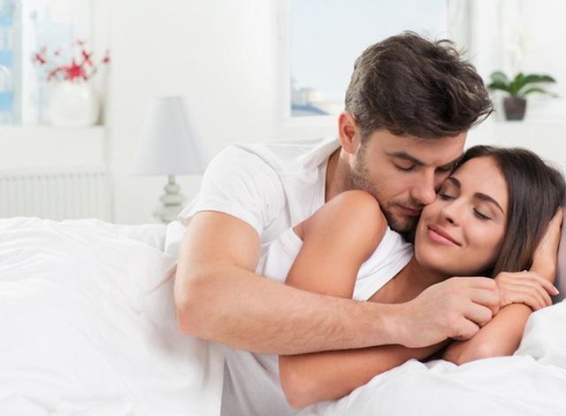 Ngủ đông với sex vì nóng nực, chồng nhói tim khi đọc được tin nhắn của vợ với bạn thân - Ảnh 4.