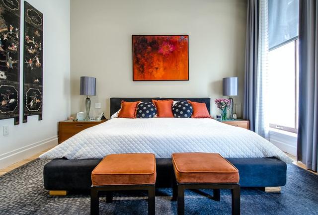 Nếu đầu giường để hai thứ này, tình cảm vợ chồng có thể xuất hiện bất hòa, sức khỏe giảm sút - Ảnh 7.