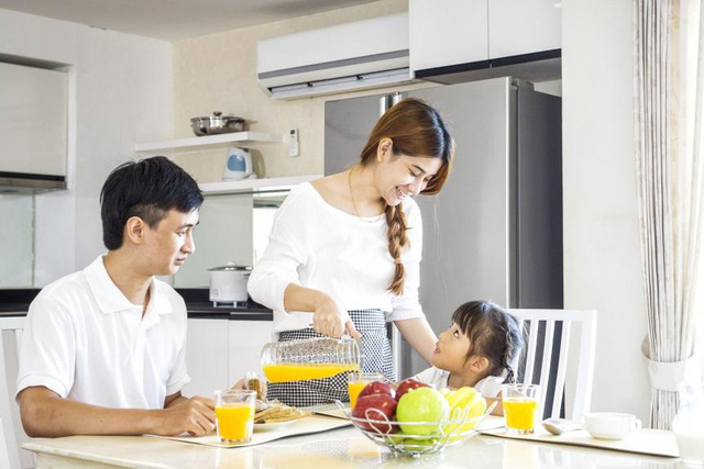 Làm thế nào để bảo đảm sức khỏe gia đình sau mùa dịch? - Ảnh 1.