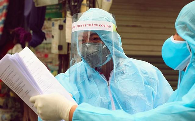 Hà Nội phát hiện một chuyên gia mắc COVID-19 - Ảnh 2.