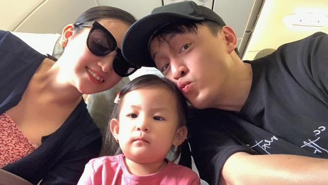 Ca sĩ Lam Trường bất ngờ phải nhập viện, bà xã chỉ rõ thói quen xấu gây hủy hoại sức khỏe - Ảnh 1.