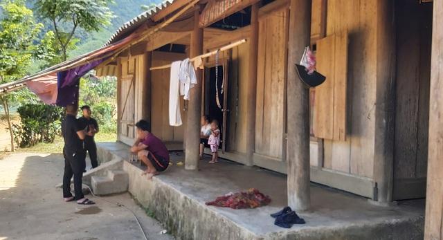 60 hộ ở một xóm bỗng thoát nghèo sau khi nhận tiền hỗ trợ COVID-19: Giải trình của UBND huyện Quỳ Châu có thuyết phục? - Ảnh 2.