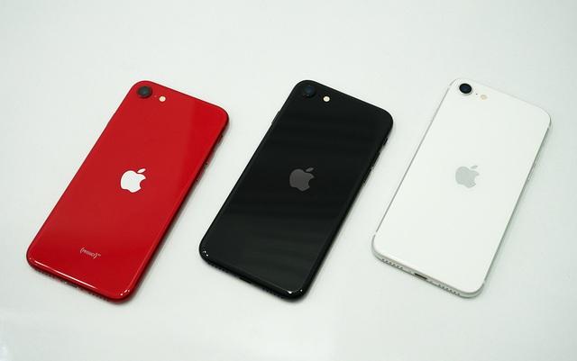 6 smartphone đáng chú ý bán trong tháng 6 - Ảnh 4.