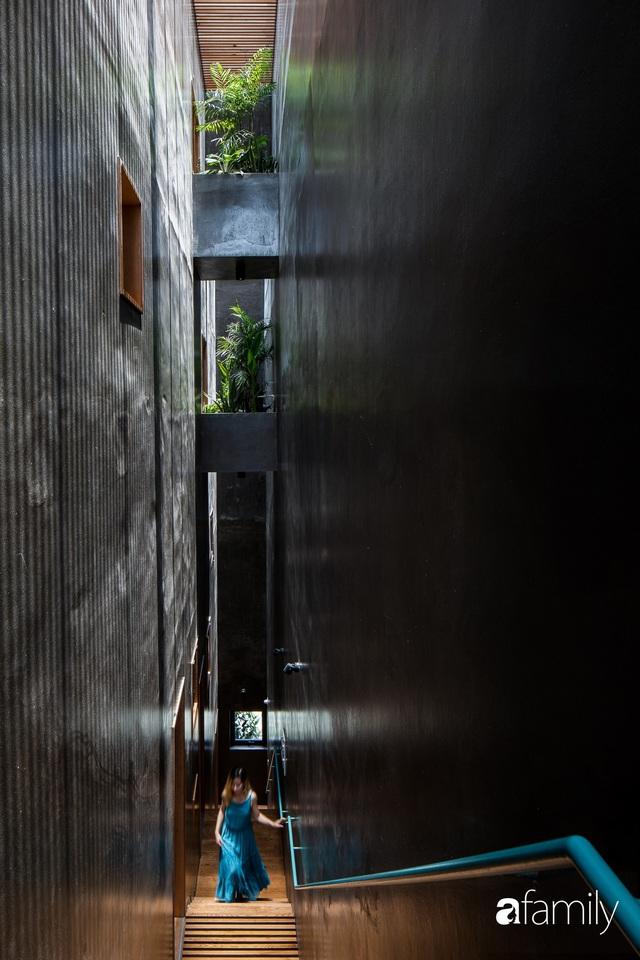 Nhà phố hướng Tây vẫn mát rượi không cần điều hòa nhờ thiết kế cầu thang thông gió và lấy sáng tiện ích ở Quận 7, Sài Gòn - Ảnh 6.