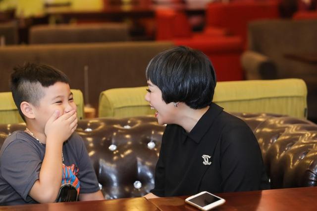 Ngày Gia đình Việt Nam, ca sĩ Ngọc Khuê chia sẻ về cuộc sống sau 8 năm làm mẹ đơn thân - Ảnh 2.