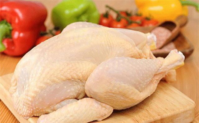 Khi mua thịt, chỉ cần nhìn biểu hiện sau khi ấn ngón tay vào miếng thịt sẽ biết thịt tươi hay bị bơm nước, thịt ôi - Ảnh 2.