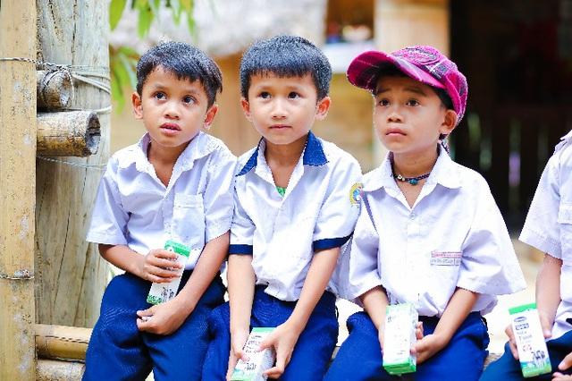 """Nhân rộng niềm vui mang tên """"sữa học đường - Ảnh 8."""