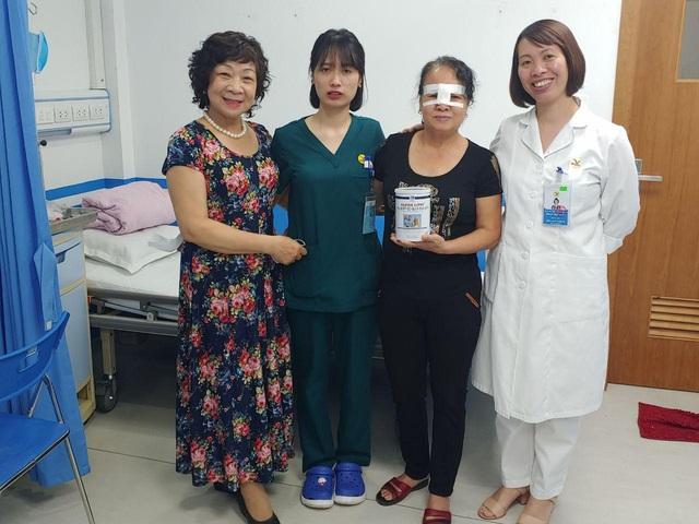 Phẫu thuật mắt tại BVĐK MEDLATEC: Nhẹ nhàng như đi nghỉ dưỡng - Ảnh 2.