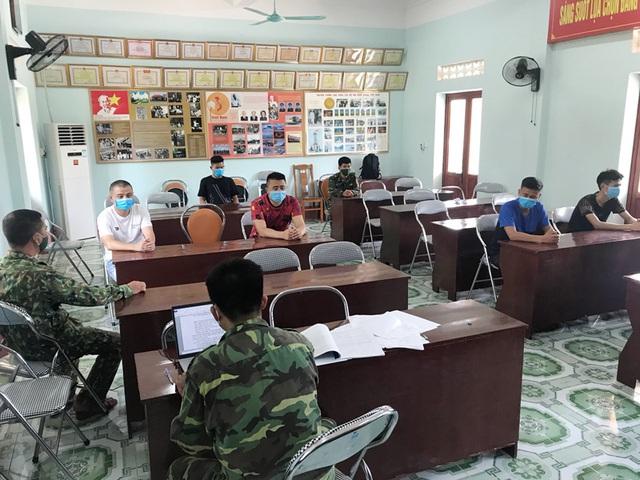 Nửa đêm 3 đối tượng Trung Quốc nhập cảnh trái phép vào Việt Nam để đánh bài - Ảnh 1.