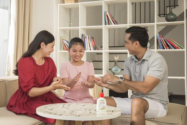 """Ba mẹ cần làm gì để bảo vệ sức khoẻ gia đình trong giai đoạn """"bình thường mới - Ảnh 2."""