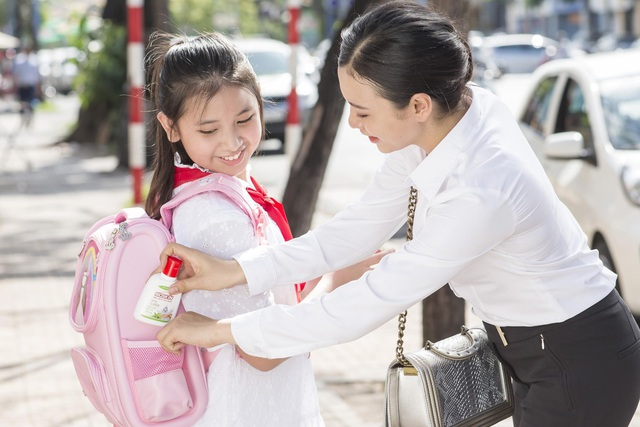 """Ba mẹ cần làm gì để bảo vệ sức khoẻ gia đình trong giai đoạn """"bình thường mới - Ảnh 3."""