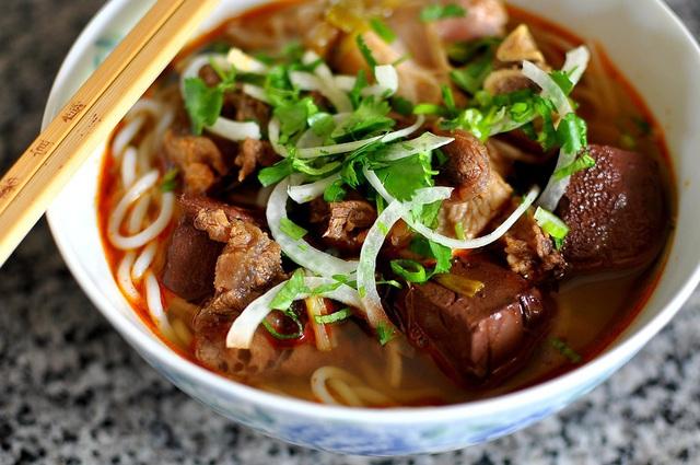 Loạt món hút khách ở 3 thiên đường ẩm thực Việt Nam - Ảnh 6.
