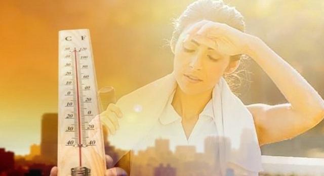 Chuyên gia chỉ cách tránh đột quỵ nhiệt trong ngày nắng nóng rất nhiều người không chú ý - Ảnh 2.