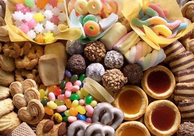 Chị em đừng dại mà động vào các loại thực phẩm này nhiều nếu không chẳng mấy chốc mà hói đầu - Ảnh 4.
