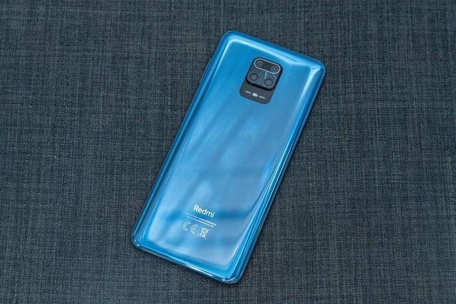 8 smartphone dưới 7 triệu đồng mới giảm giá - Ảnh 3.