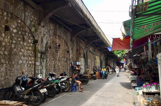 Hà Nội triển khai giai đoạn 2 đục thông vòm cầu Phùng Hưng, mở rộng không gian phố cổ - Ảnh 10.