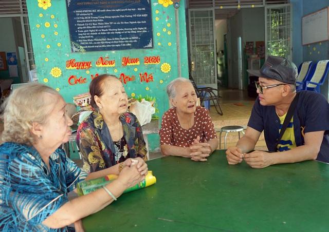 Cuộc sống khi về già của các nghệ sỹ nổi tiếng ở Viện dưỡng lão nghệ sĩ TP.HCM - Ảnh 1.