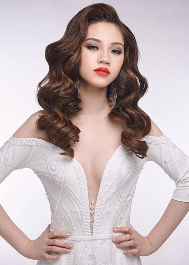 Cận cảnh nhan sắc thật của hoa hậu Jolie Nguyễn khi chưa phẫu thuật thẩm mỹ - Ảnh 2.