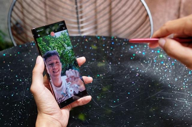 Những smartphone đáng mua trong tháng 7 - Ảnh 9.