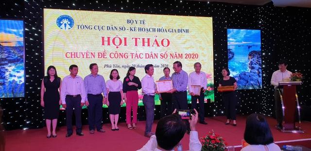 Hội thảo chuyên đề công tác dân số năm 2020 các tỉnh phía Nam - Ảnh 11.