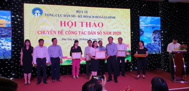 Hội thảo chuyên đề công tác dân số năm 2020 các tỉnh phía Nam - Ảnh 9.
