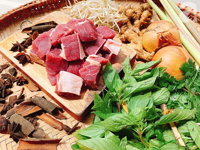 Cuối tuần đổi vị cùng món bò kho ăn với gì cũng ngon, ai ăn cũng phải tấm tắc khen - Ảnh 1.