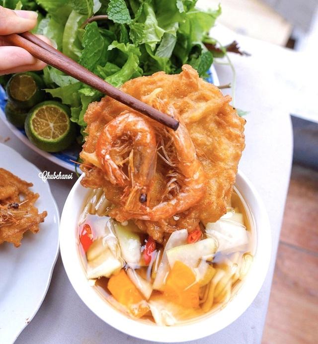 Bánh tôm và loạt món ngon hút giới trẻ Hà Nội ngày hè - Ảnh 11.