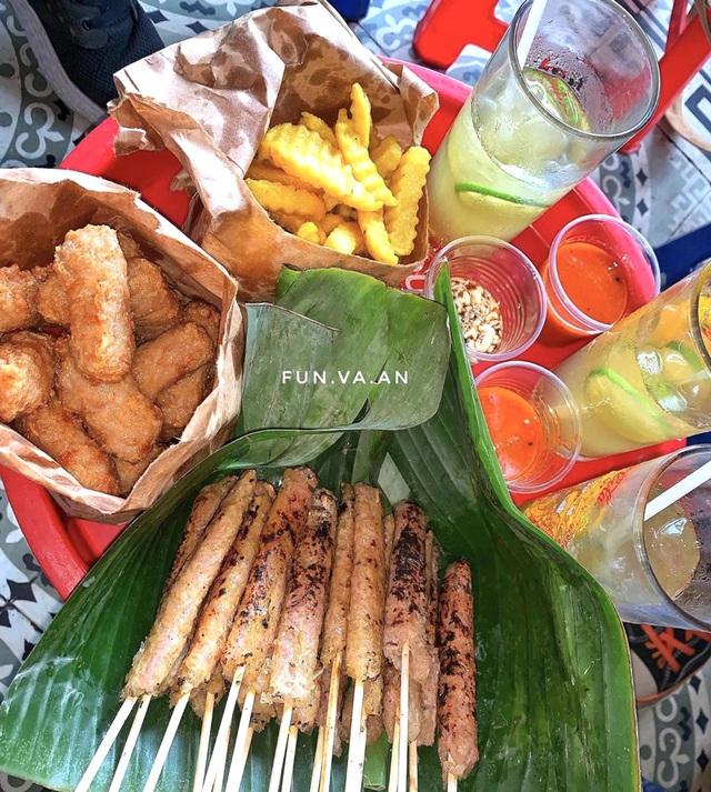 Bánh tôm và loạt món ngon hút giới trẻ Hà Nội ngày hè - Ảnh 3.
