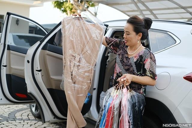 Diễn viên Người đẹp Tây Đô mang tiệm tạp hóa đi quay phim - Ảnh 11.