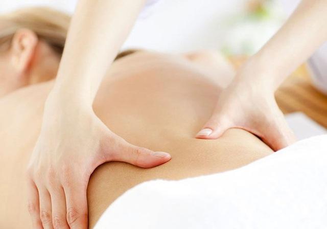 Đau lưng dưới có thể do nhiều nguyên nhân, cần theo dõi kĩ triệu chứng vì có thể là do ung thư di căn - Ảnh 3.