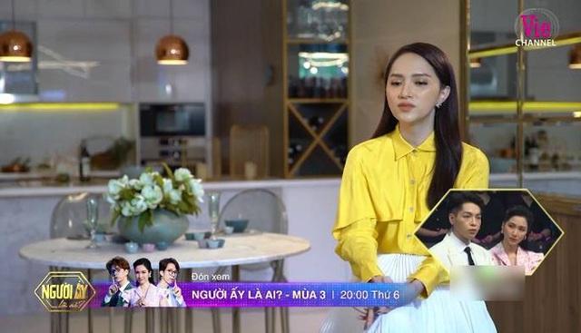 """Người ấy là ai?"""": Vỡ òa khi mẹ Hương Giang dẫn con gái lên sân khấu tìm bạn trai, Trấn Thành bật khóc - Ảnh 2."""