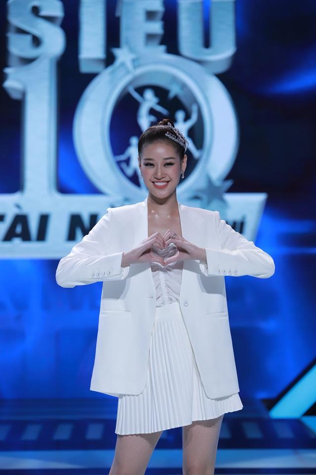 Hari Won: Trấn Thành thích búp bê và luôn lấy vợ làm mẫu để phối đồ - Ảnh 1.